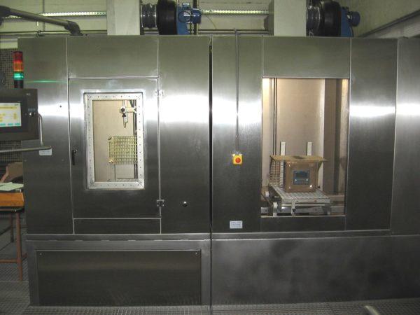 Cabine de test d'étanchéité sur produits SCHNEIDER